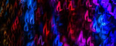 Nacht beleuchtet bokeh geformte Noten, defocused bokeh Licht, Querstation Lizenzfreie Stockfotos
