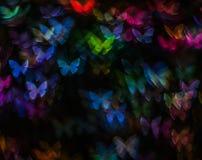 Nacht beleuchtet bokeh Schmetterlingsform, defocused bokeh Lichter, Unschärfe Lizenzfreie Stockfotos