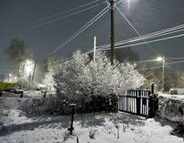 Nacht-Blizzard in einem ländlichen Gebiet in den Süd-Urals Stockfoto