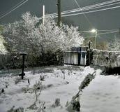 Nacht-Blizzard in einem ländlichen Gebiet in den Süd-Urals Lizenzfreie Stockfotos