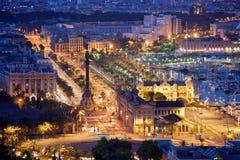 Nacht in de Stad van Barcelona Stock Afbeeldingen