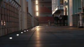 Nacht in de stad zonder mensen stock footage