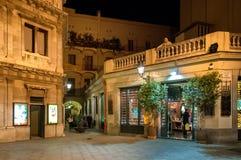 Nacht an der alten Stadt in Barcelona Stockfotos