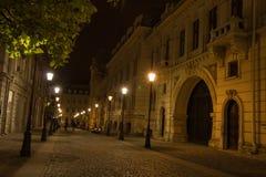 Nacht die de stad loopt Stock Afbeelding