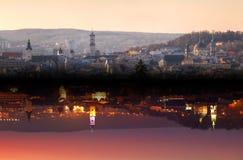Nacht en dag in kleine stad Royalty-vrije Stock Foto