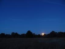 Nacht en maan Royalty-vrije Stock Afbeeldingen
