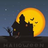Nacht, Haus auf einem Halloween Stockbild