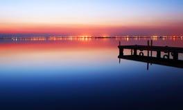 Nacht in het meer stock foto's