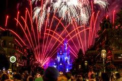 Nacht II Disneys Orlando Castle lizenzfreie stockfotografie