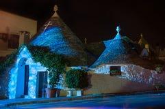 Nacht Italiens Puglia Trulli Alberobello Lizenzfreies Stockfoto