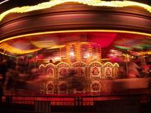 Nacht, Karussell in Bewegung Lizenzfreies Stockfoto