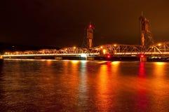 Nacht Liftbridge Stock Foto's