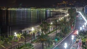 Nacht luchtpanorama van Nice timelapse, Frankrijk Oude de stads kleine straten en waterkant van lit stock video