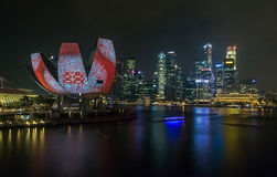Nacht in Marina Bay Singapore royalty-vrije stock afbeelding
