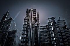 Nacht meer dan de financiële ruimte van Londen - Engeland Royalty-vrije Stock Foto's