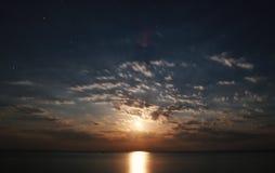 Nacht mit Mondschein Stockfotografie