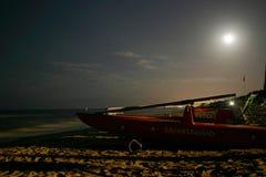 Nacht op het strand Royalty-vrije Stock Afbeelding