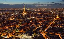 Nacht Parijs van hierboven Stock Foto's