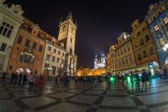 Nacht in Prag stockfotos