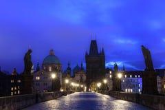 Nacht Prag Lizenzfreie Stockfotos