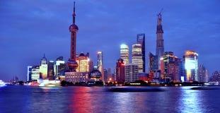 Nacht Shanghais Lujiazui Lizenzfreie Stockfotografie