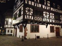 Nacht Straßburg stockbild