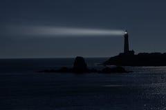 Nacht am Taube-Punkt-Leuchtturm in Kalifornien Lizenzfreie Stockfotos