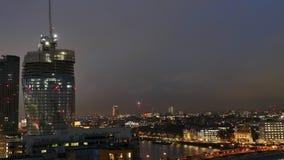 Nacht Timelapse von Geschäftszentrum-Stadtbild in London, Großbritannien stock video footage