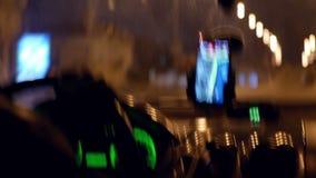 Nacht van de stads de drijftaxi stock video