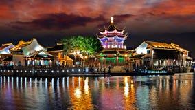 Nacht van Suzhou-stad, Jiangsu, China royalty-vrije stock afbeelding