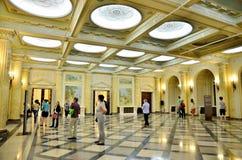 Nacht von Museen in Bukarest - Nationalmuseum der Kunst von Rumänien Stockbild