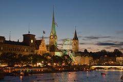 Nacht in Zürich royalty-vrije stock fotografie