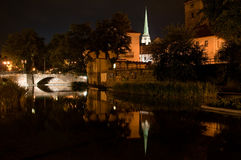 Nachtansicht über gotischen Cathedra Lizenzfreie Stockfotografie