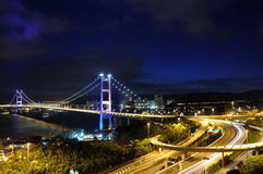 Nachtansicht der Brücke Stockfotos