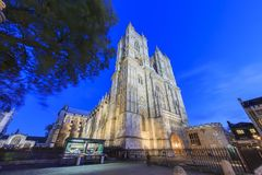 Nachtansicht des berühmten Westminster Abbey, London, vereinigter König Lizenzfreie Stockfotos