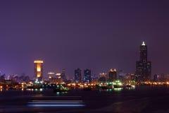 Nachtansicht des Kaohsiung-Hafens Stockbilder