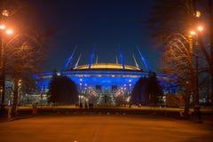 Nachtansicht neuen Stadions Fußball Zenit-Arena in St. Petersbur lizenzfreies stockfoto
