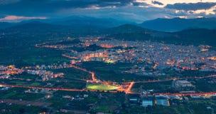 Nachtansicht vom Auge des Vogels der Stadt Bagheria Lizenzfreies Stockbild