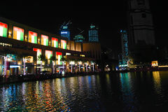 Nachtansicht von Dubai-Mall Stockfotos
