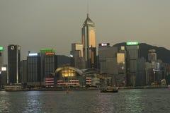 Nachtansicht von Hong Kong-Geschäftsgebiet Stockbilder