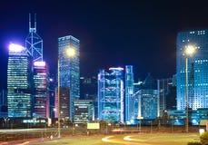 Nachtansicht von Hong Kongs Markstein Lizenzfreie Stockfotos