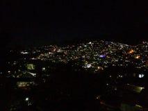 Nachtansicht von Kohima-Stadt lizenzfreies stockbild