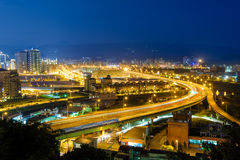 Nachtansicht von Taipeh im nankang lizenzfreie stockfotografie