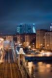 Nachtansicht zur Brücke und Geschäftszentrum-Moskau-Stadt Moskaus zur internationalen Stockfotografie