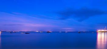 Nachtaufnahme heraus zum Meer von Swanage Lizenzfreie Stockbilder