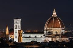 Nachtbeeld van Florence Cathedral royalty-vrije stock afbeelding