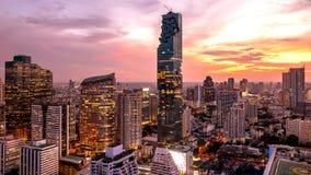 Nachtcityscape van de stad Thailand van Bangkok royalty-vrije stock fotografie
