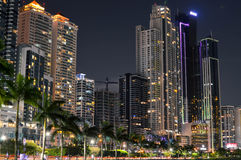 Nachtcityscape van de stad van Panama, Panama, Midden-Amerika Stock Foto