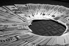 Nachtcontant geld Stock Afbeelding