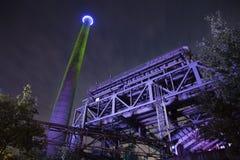 Nachtfabrik Stockfoto